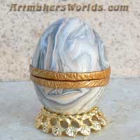 Hinged polymer clay egg